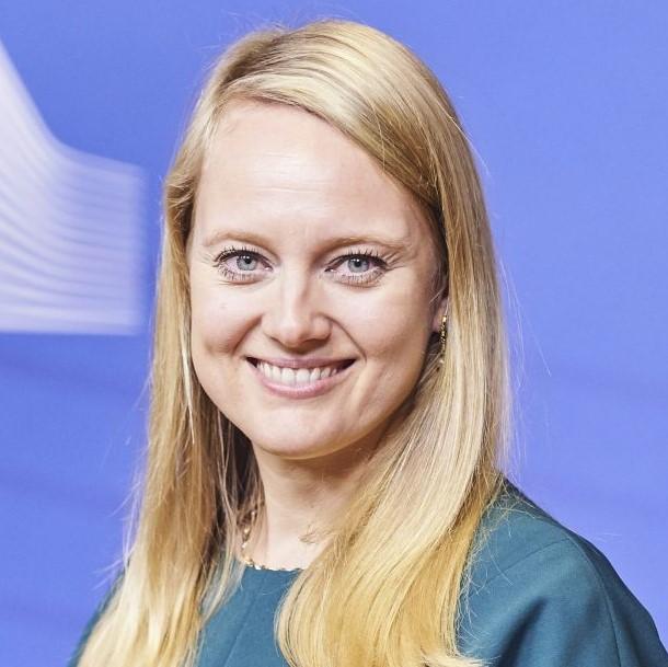 Vivian Loonela